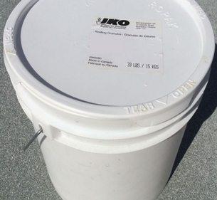 IKO White Roofing Granules - 15 kilogram Pail