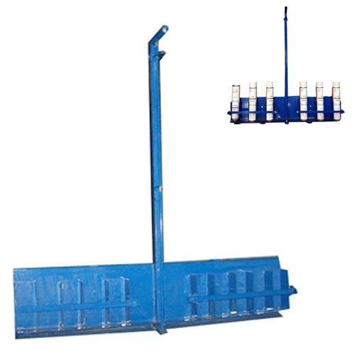 Rocket Applicator for Dispensing Polyurethane Adhesive